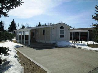 "Main Photo: 51 313 WESTLAND Road in Quesnel: Quesnel - Town Manufactured Home for sale in ""MEADOWOOD RESIDENTIAL PARK"" (Quesnel (Zone 28))  : MLS®# R2332880"