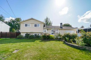 Main Photo: 17038 60 Avenue in Surrey: Cloverdale BC House for sale (Cloverdale)  : MLS®# R2406156