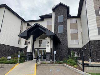 Main Photo: 101 5601 Kerry Wood Drive in Red Deer: RR Riverside Meadows Residential Condo for sale : MLS®# CA0180187
