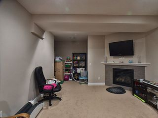 Photo 3: 5523 Conestoga Street in Edmonton: Zone 27 House for sale : MLS®# E4178338