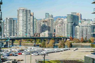 Photo 16: 904 1887 CROWE Street in Vancouver: False Creek Condo for sale (Vancouver West)  : MLS®# R2417358