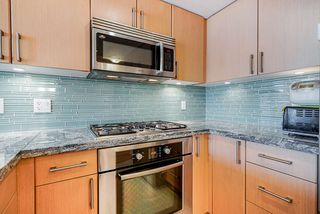 Photo 6: 904 1887 CROWE Street in Vancouver: False Creek Condo for sale (Vancouver West)  : MLS®# R2417358