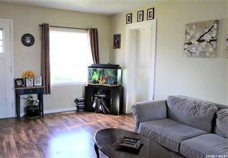 Photo 6: 417 Burrows Avenue West in Melfort: Residential for sale : MLS®# SK810201