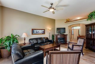 Photo 9: 825 FAIRWAYS Green NW: Airdrie Detached for sale : MLS®# C4301600