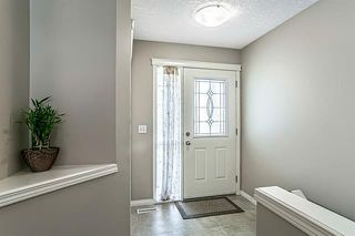 Photo 2: 26 BRIDLECREST Road SW in Calgary: Bridlewood Detached for sale : MLS®# C4302285