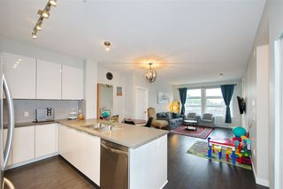 """Photo 10: 404 607 COTTONWOOD Avenue in Coquitlam: Coquitlam West Condo for sale in """"STANTON HOUSE BY POLYGON"""" : MLS®# R2473996"""
