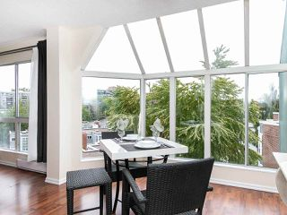 """Photo 3: 502 1508 MARINER Walk in Vancouver: False Creek Condo for sale in """"MARINER POINT"""" (Vancouver West)  : MLS®# R2526484"""