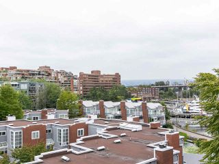 """Photo 9: 502 1508 MARINER Walk in Vancouver: False Creek Condo for sale in """"MARINER POINT"""" (Vancouver West)  : MLS®# R2526484"""