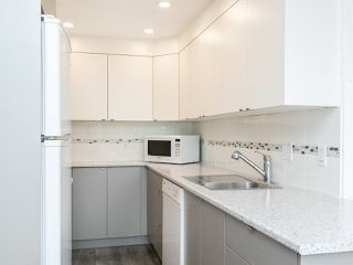 """Photo 18: 502 1508 MARINER Walk in Vancouver: False Creek Condo for sale in """"MARINER POINT"""" (Vancouver West)  : MLS®# R2526484"""
