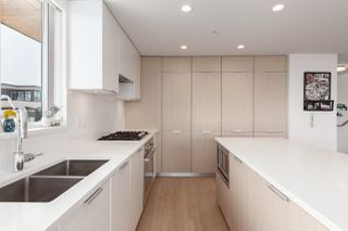 """Photo 4: 602 5085 MAIN Street in Vancouver: Main Condo for sale in """"Eastpark Main"""" (Vancouver East)  : MLS®# R2389271"""