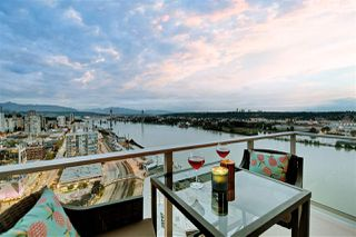 "Photo 10: 2901 908 QUAYSIDE Drive in New Westminster: Quay Condo for sale in ""Riversky 1"" : MLS®# R2402576"