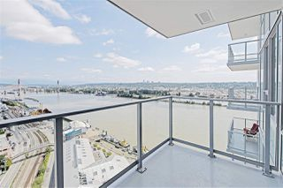 "Photo 17: 2901 908 QUAYSIDE Drive in New Westminster: Quay Condo for sale in ""Riversky 1"" : MLS®# R2402576"