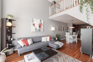 """Photo 10: 410 60 RICHMOND Street in New Westminster: Fraserview NW Condo for sale in """"Gatehouse Place"""" : MLS®# R2421059"""
