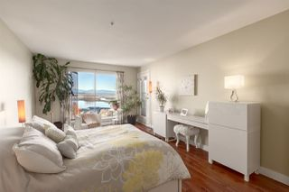 """Photo 15: 410 60 RICHMOND Street in New Westminster: Fraserview NW Condo for sale in """"Gatehouse Place"""" : MLS®# R2421059"""