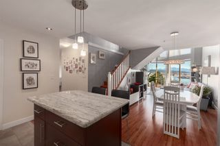 """Photo 7: 410 60 RICHMOND Street in New Westminster: Fraserview NW Condo for sale in """"Gatehouse Place"""" : MLS®# R2421059"""