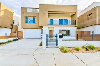 Photo 2: IMPERIAL BEACH House for sale : 4 bedrooms : 1253 Cypress Ave