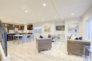 Photo 4: IMPERIAL BEACH House for sale : 4 bedrooms : 1253 Cypress Ave
