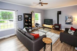Photo 11: 40151 Mun 48 Road North in St Genevieve: R05 Residential for sale : MLS®# 202019023