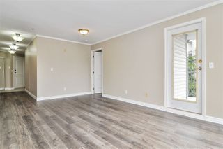 """Photo 4: 317 5759 GLOVER Road in Langley: Langley City Condo for sale in """"College Court"""" : MLS®# R2493395"""
