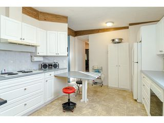 """Photo 15: 84 2270 196 Street in Langley: Brookswood Langley Manufactured Home for sale in """"Pineridge Park"""" : MLS®# R2511479"""