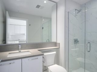 """Photo 9: 1502 1788 GILMORE Avenue in Burnaby: Brentwood Park Condo for sale in """"Escala"""" (Burnaby North)  : MLS®# R2395236"""