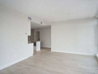 """Photo 6: 1502 1788 GILMORE Avenue in Burnaby: Brentwood Park Condo for sale in """"Escala"""" (Burnaby North)  : MLS®# R2395236"""