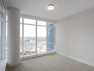 """Photo 10: 1502 1788 GILMORE Avenue in Burnaby: Brentwood Park Condo for sale in """"Escala"""" (Burnaby North)  : MLS®# R2395236"""