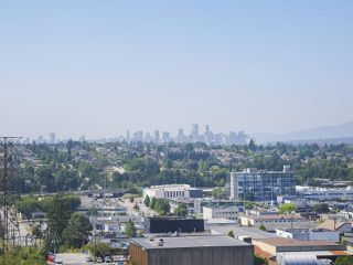 """Photo 18: 1502 1788 GILMORE Avenue in Burnaby: Brentwood Park Condo for sale in """"Escala"""" (Burnaby North)  : MLS®# R2395236"""