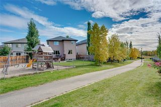 Photo 35: 94 ROYAL BIRKDALE Crescent NW in Calgary: Royal Oak Detached for sale : MLS®# C4267100