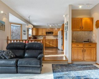 Photo 13: 75 SILVERSTONE Road NW in Calgary: Silver Springs Detached for sale : MLS®# C4287056