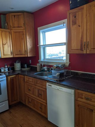 Photo 12: 16 & 16B Pine Street in Dartmouth: 10-Dartmouth Downtown To Burnside Residential for sale (Halifax-Dartmouth)  : MLS®# 202003313