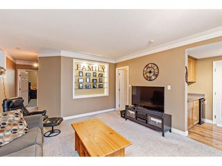 "Photo 18: 35472 STRATHCONA Court in Abbotsford: Abbotsford East House for sale in ""McKinley Heights"" : MLS®# R2448464"