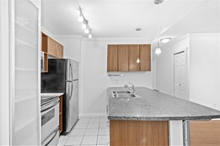 "Photo 3: 343 204 WESTHILL Place in Port Moody: College Park PM Condo for sale in ""WESTHILL PLACE"" : MLS®# R2498773"