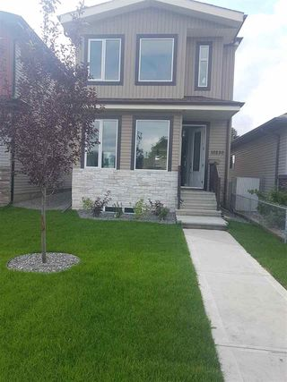 Photo 2: 10230 161 Street in Edmonton: Zone 21 House for sale : MLS®# E4170442