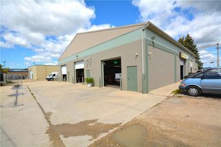 Photo 20: 592 Dobbie Avenue in Winnipeg: Industrial / Commercial / Investment for sale (3D)  : MLS®# 1924319