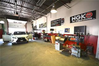 Photo 11: 592 Dobbie Avenue in Winnipeg: Industrial / Commercial / Investment for sale (3D)  : MLS®# 1924319