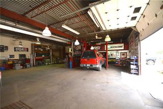 Photo 4: 592 Dobbie Avenue in Winnipeg: Industrial / Commercial / Investment for sale (3D)  : MLS®# 1924319