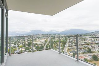 """Photo 11: 3308 1788 GILMORE Avenue in Burnaby: Brentwood Park Condo for sale in """"Escala"""" (Burnaby North)  : MLS®# R2399305"""