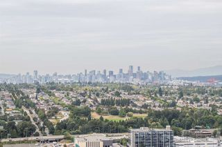 """Photo 12: 3308 1788 GILMORE Avenue in Burnaby: Brentwood Park Condo for sale in """"Escala"""" (Burnaby North)  : MLS®# R2399305"""