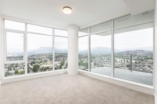 """Photo 8: 3308 1788 GILMORE Avenue in Burnaby: Brentwood Park Condo for sale in """"Escala"""" (Burnaby North)  : MLS®# R2399305"""