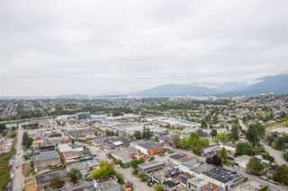 """Photo 15: 3308 1788 GILMORE Avenue in Burnaby: Brentwood Park Condo for sale in """"Escala"""" (Burnaby North)  : MLS®# R2399305"""