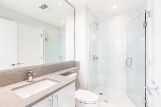"""Photo 7: 3308 1788 GILMORE Avenue in Burnaby: Brentwood Park Condo for sale in """"Escala"""" (Burnaby North)  : MLS®# R2399305"""