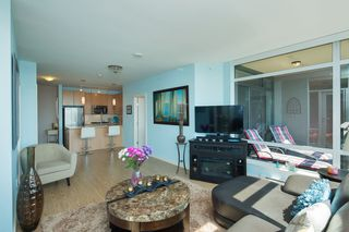 "Photo 8: 1901 2789 SHAUGHNESSY Street in Port Coquitlam: Central Pt Coquitlam Condo for sale in ""THE SHAUGHNESSY"" : MLS®# R2399399"
