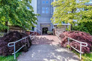 "Photo 2: 401 2983 CAMBRIDGE Street in Port Coquitlam: Glenwood PQ Condo for sale in ""CAMBRIDGE GARDENS"" : MLS®# R2402197"