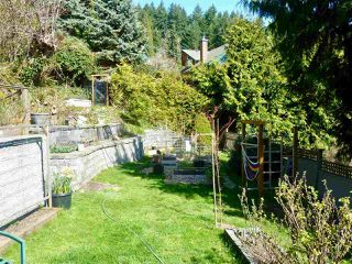 """Photo 19: 795 MARINE Drive in Gibsons: Gibsons & Area House for sale in """"Granthams Landing"""" (Sunshine Coast)  : MLS®# R2449782"""