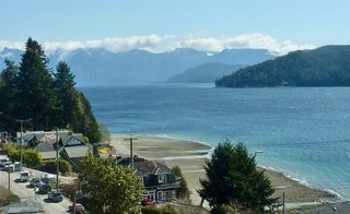 """Photo 1: 795 MARINE Drive in Gibsons: Gibsons & Area House for sale in """"Granthams Landing"""" (Sunshine Coast)  : MLS®# R2449782"""