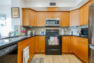 """Photo 6: 3 18055 70 Avenue in Surrey: Cloverdale BC Townhouse for sale in """"The Manors at Provinceton"""" (Cloverdale)  : MLS®# R2458242"""