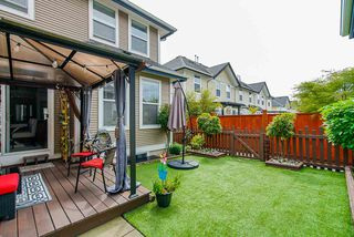"""Photo 18: 3 18055 70 Avenue in Surrey: Cloverdale BC Townhouse for sale in """"The Manors at Provinceton"""" (Cloverdale)  : MLS®# R2458242"""