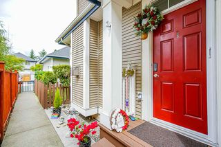 """Photo 2: 3 18055 70 Avenue in Surrey: Cloverdale BC Townhouse for sale in """"The Manors at Provinceton"""" (Cloverdale)  : MLS®# R2458242"""
