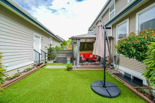 """Photo 17: 3 18055 70 Avenue in Surrey: Cloverdale BC Townhouse for sale in """"The Manors at Provinceton"""" (Cloverdale)  : MLS®# R2458242"""